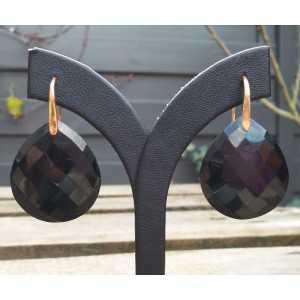 Vergulde oorbellen gezet met zwarte Onyx briolet