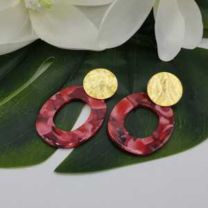 Earrings with red resin pendant