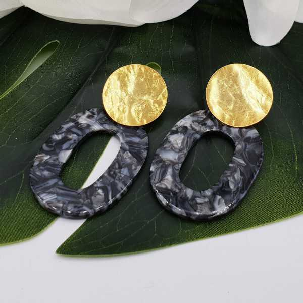 Earrings with marble of a dark grey resin pendant