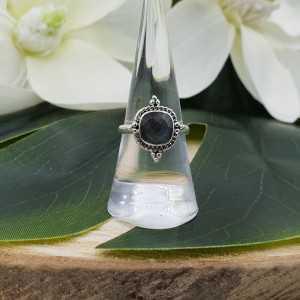 Silber ring mit einem eckigen Facetten-cut Labradorit