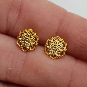 Gold-plated mandala flower oorknopjes
