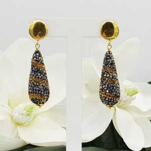 Goud vergulde oorbellen druppel van gouden en zwarte kristallen
