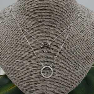 Zilveren dubbel layer ketting met ringen en Zirkonia
