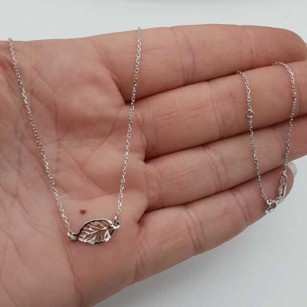 Silber Halskette mit kleinem Blatt