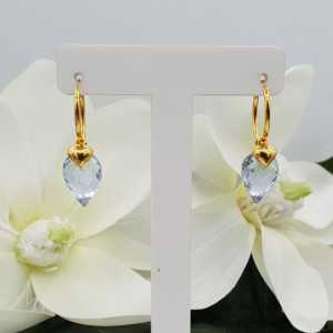 Gold plated creole with heart pendant and Aquamarine quartz briolet