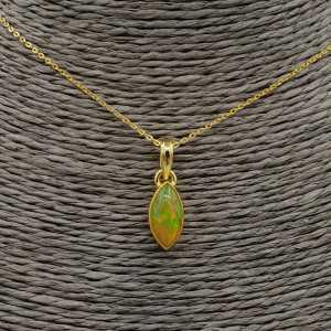 Vergoldete Halskette mit marquise Etiopische Opal Anhänger
