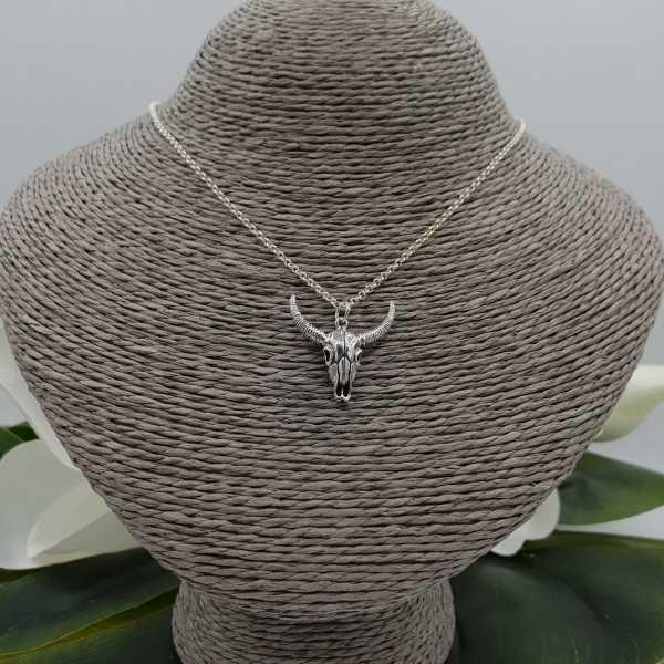 Zilveren ketting met schedel hanger