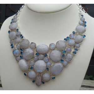 Silver necklace set with blue Topaz and faceted Moonstone