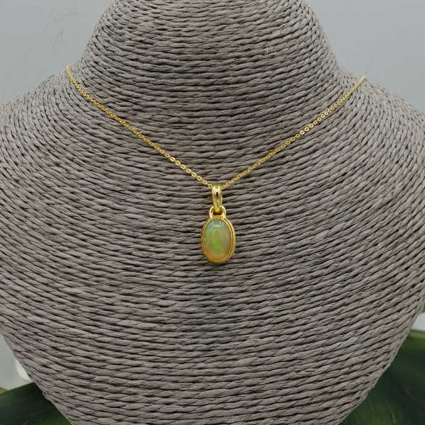 Gold plated necklace with oval Etiopische Opal pendant