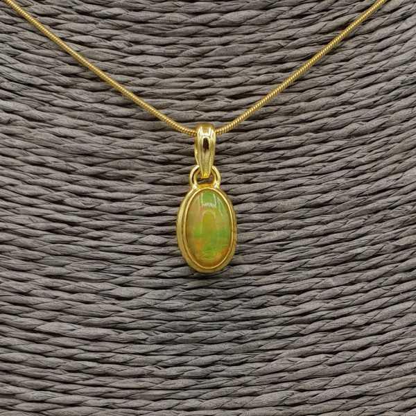 Goud vergulde ketting met hanger gezet met ovale Etiopische Opaal