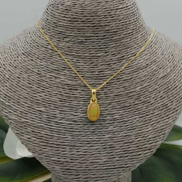 Goud vergulde ketting met hanger gezet met Etiopische Opaal
