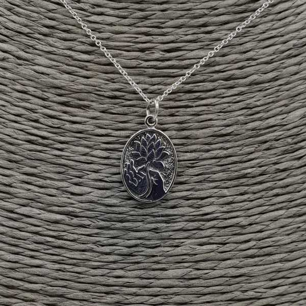 925 Sterling silver necklace with oval pendant with lotus