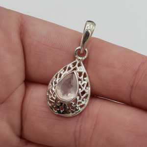 Silber Anhänger oval Facette rose quartz in der offenen Einstellung gearbeitet