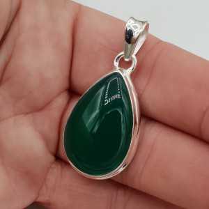 Zilveren hanger druppelvormige cabochon groene Onyx