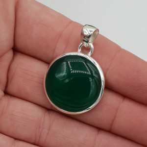 Zilveren hanger gezet met ronde groene Onyx
