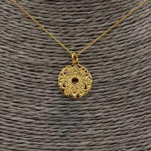 Goud vergulde ketting met ronde Mandala bloem hanger