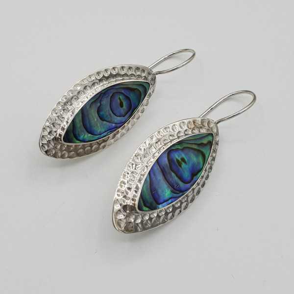 Zilveren oorbellen gezet met marquise Abalone schelp