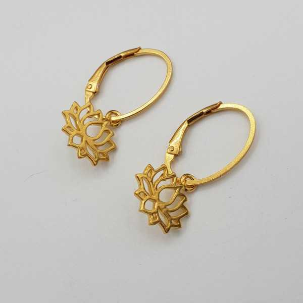 Vergoldete Ohrringe mit lotus Anhänger