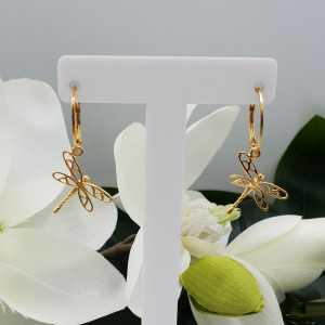 Goud vergulde oorbellen met libellen hanger