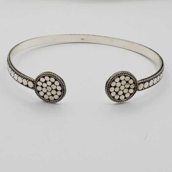 Zilveren beaded bangle armband