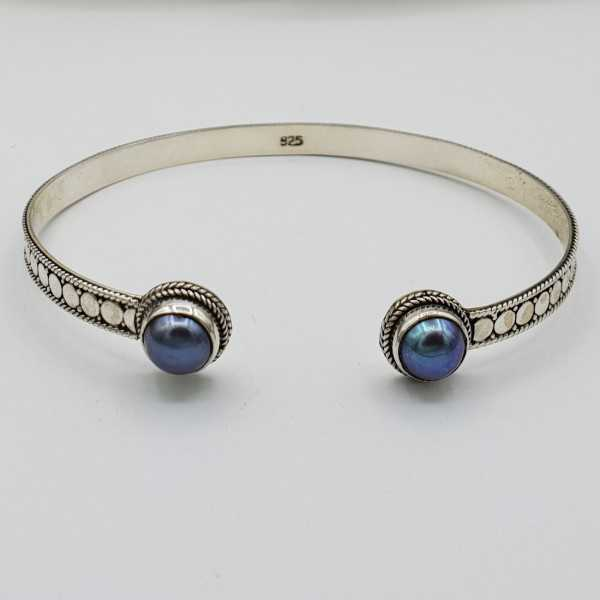 Silver beaded bangle bracelet with Pearl