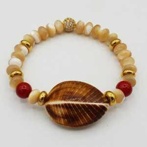 Armband mit Perlmutt, Koralle und shell
