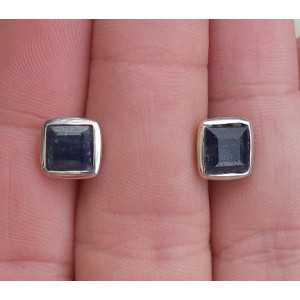 Silber oorknoppen set mit quadratischen Facette Saphir