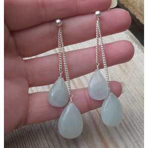 Zilveren oorbellen met twee Aquamarijn briolettes