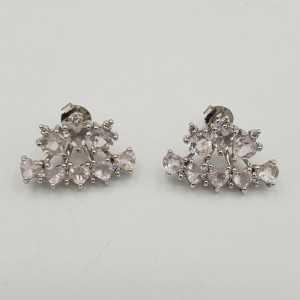 Zilveren oorbellen met hartjes van Rozenkwarts