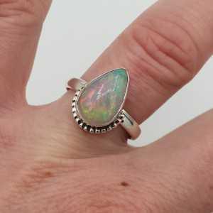 Silber ring set mit ovalen äthiopischen Opal ring maaat 17.7 mm