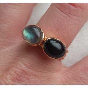 Vergulde ringen gezet met Labradoriet en Onyx 19 mm