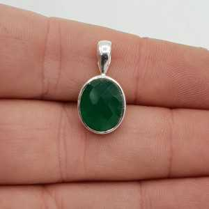 Zilveren hanger met kleine ovale facet groene Onyx