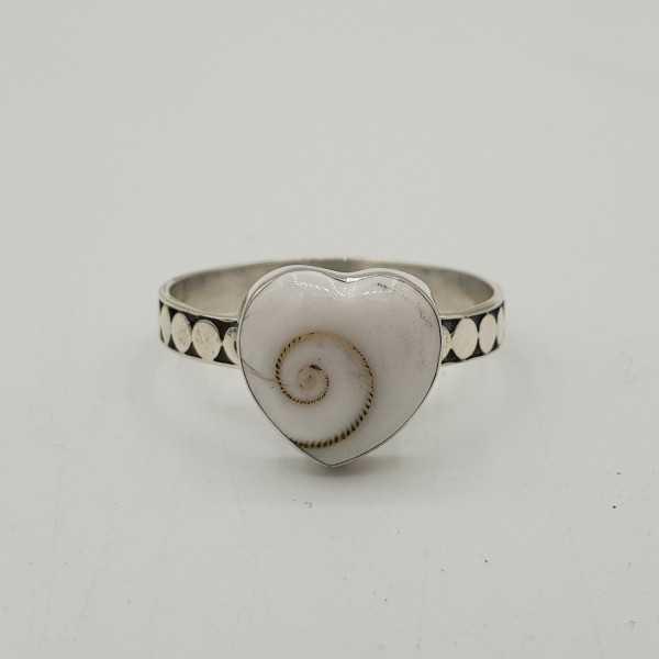 Zilveren ring met Shiva schelp 19 mm