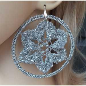 Zilveren oorbellen grote zilveren circle van zijdedraad en kristallen
