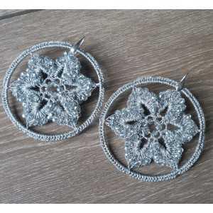 Ohrringe Silber big silver circle von seidenen Faden und Kristallen