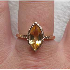 Gold plated ring with marquise Citrine in gehamerde setting 18 mm
