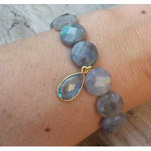 Bracelet with faceted Labradorite and gold plated blue Topaz Quartz pendant