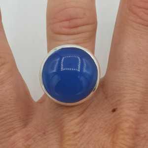 Zilveren ring met ronde blauw Chalcedoon 17 mm