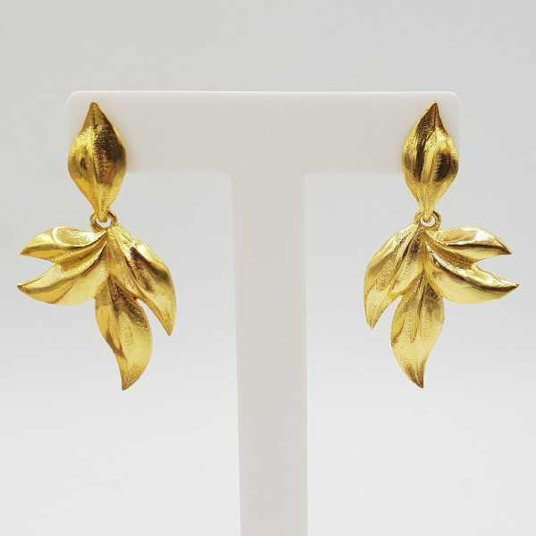 Gold-plated leaf drop Ohrringe