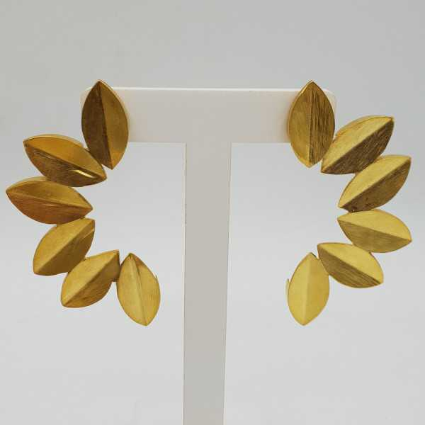 Gold-plated drop earrings leaves