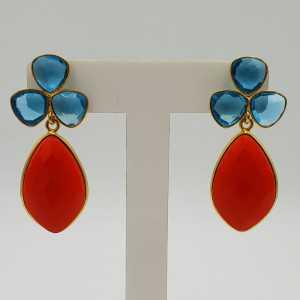 Goud vergulde oorbellen met Topaas blauwe quartz en Granaat rode quartz