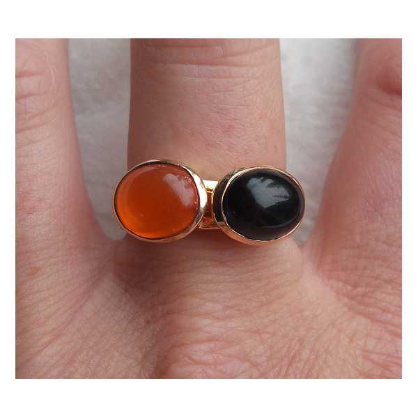 Gold-plated rings set with Carnelian and Onyx 18 mm