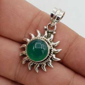 Zilveren hanger zon gezet met groene Onyx