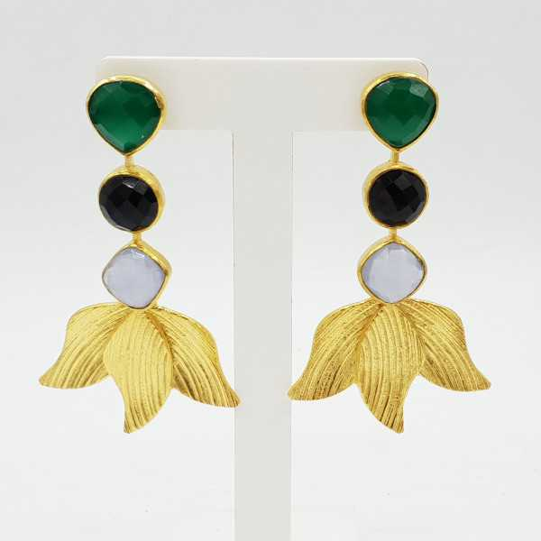 Gold-plated drop earrings with green Onyx Chalcedony and black Onyx.