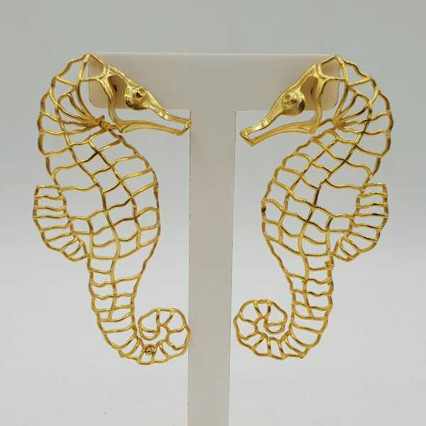 Gold-plated drop earrings sea horse