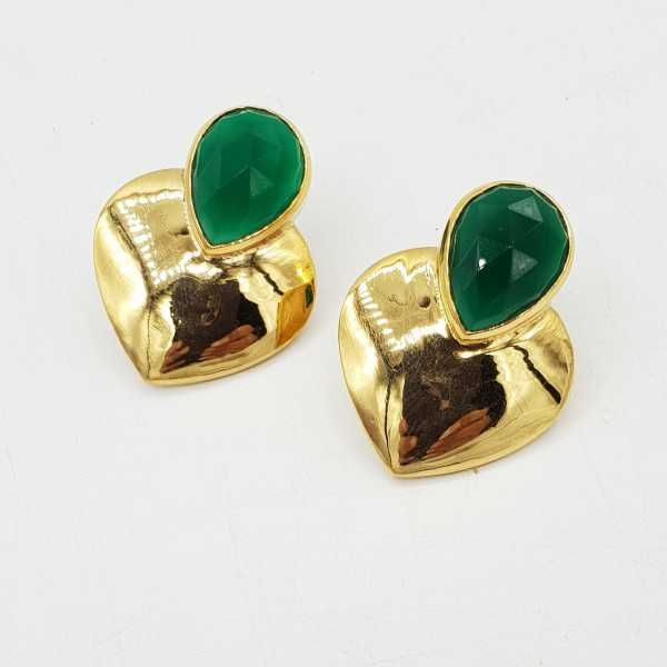Gold-plated drop earrings heart set with a green Onyx.