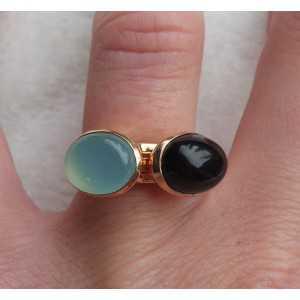 Vergoldete Ringe mit Chalcedon und Onyx 16,5 mm
