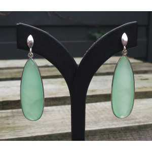Silber Ohrringe mit schmalen, hellgrünen Chalcedon-briolet