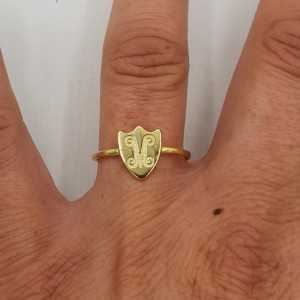 Gold-plated ring with a round shield, adjustable