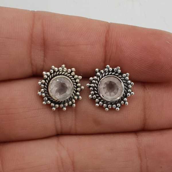 Zilveren oorknoppen gezet met facet geslepen Rozenkwarts